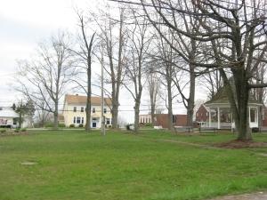 Brookfield_Center_village_green